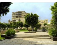 Get Raas Devi Garh in,Udaipur with Class Accommodation.