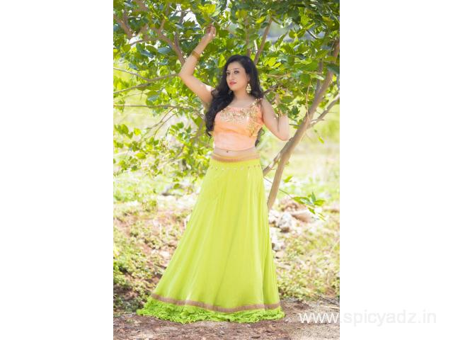Grab attractive offers on georgette lehengas