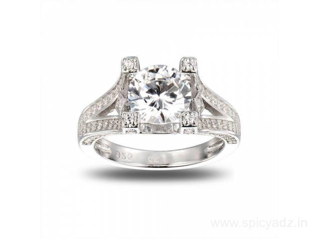 Buy Luxurious American Diamond Ring at ornate jewels