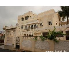 Get Natural Lake View in,Udaipur with Class Accommodation.