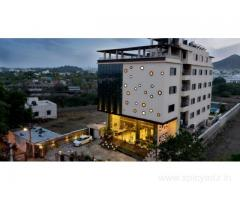 Get Q Hotel in,Udaipur with Class Accommodation.