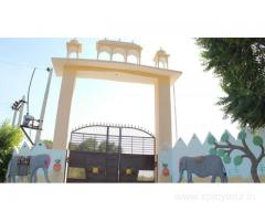 Get Aura Homestay Royal Villa in,Jaipur with Class Accommodation.