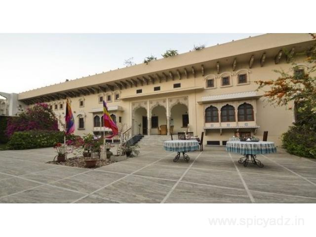 Get Dera Mandawa in,Jaipur with Class Accommodation.