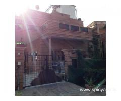Get Royal Rais Guest House in,Jodhpur with Class Accommodation.