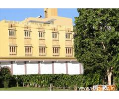 Get Hotel Vanraj Palace in,Ranthambore with Class Accommodation.