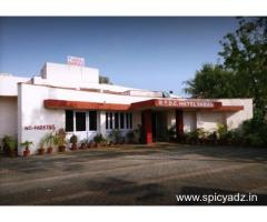 Get Hotel Saras (RTDC) in,Bharatpur with Class Accommodation.
