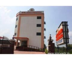 Get Hotel Anand International in,Bodh Gaya with Class Accommodation.