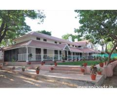Get Karnikar Bungalow Pachmarhi - MPTDC in,Pachmarhi with Class Accommodation.