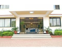 Get Hotel Royal Garden in,Daman with Class Accommodation.