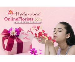 Wish 'Happy Valentine's Day' with lovely gifts