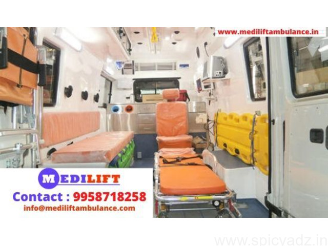 Advanced Medical Facility Road Ambulance in Patna by Medilift - 1