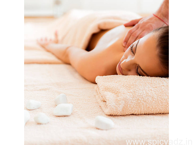 The latest oil massage is good for health trends at sunguvarchatram - 1